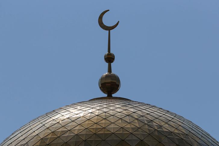 Фото №1 - Как и почему полумесяц стал символом ислама?