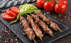 Шашлык из баранины: 4 способа замариновать мясо