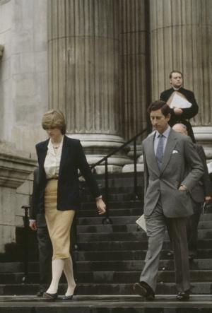 Фото №2 - Плохое решение: почему Чарльз начал сомневаться в Диане еще перед свадьбой