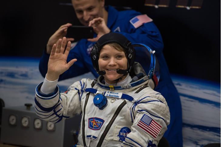Фото №1 - В марте состоится первый полностью женский выход в открытый космос