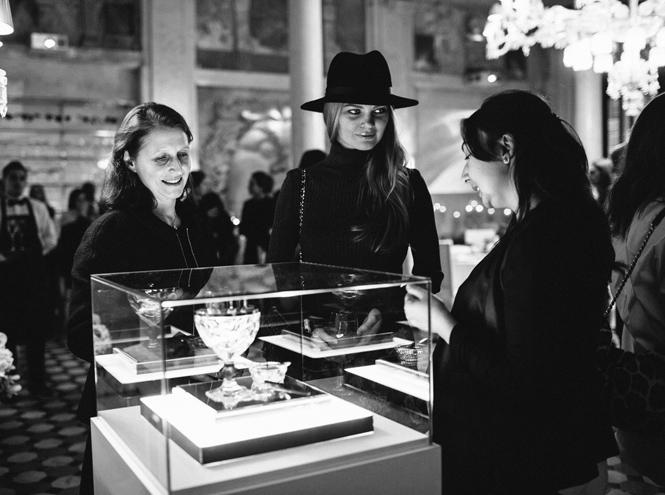 Фото №12 - Выбор Marie Claire: икорница la prairie Caviar Spectaculaire