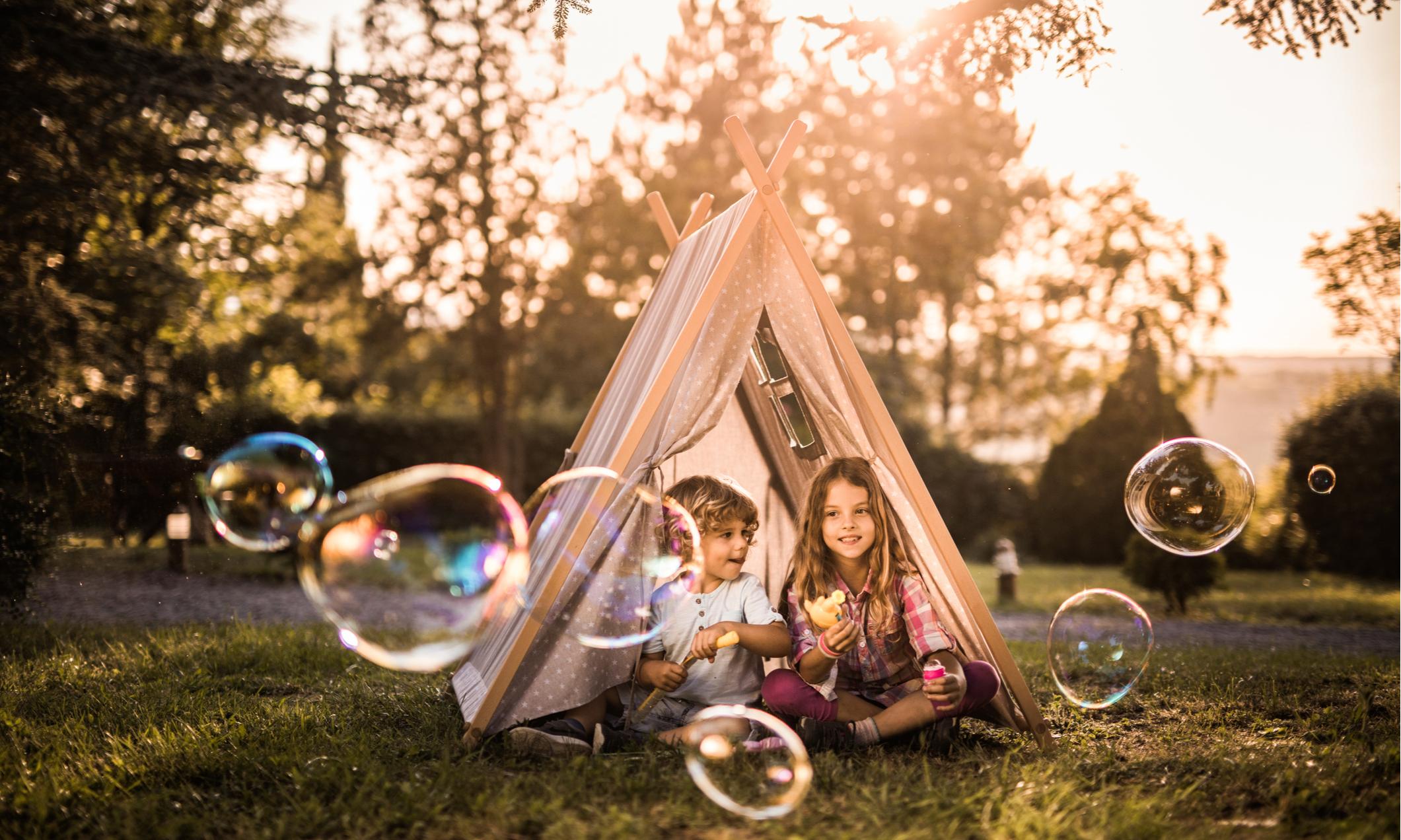 Стало известно, когда заработают летние лагеря для детей