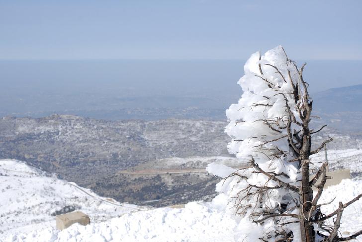 Фото №2 - Как снег на голову: 5 необычных горнолыжных курортов, куда можно успеть в этом сезоне