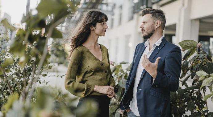 «Ты не понимаешь...»: как и почему мужчины учат женщин жить