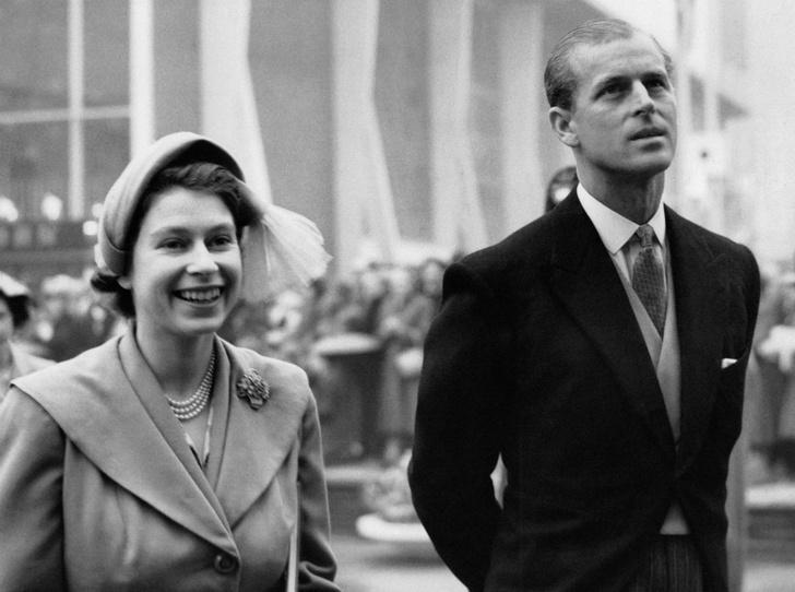 Фото №1 - Как дедушка Королевы спас жизнь принцу Филиппу