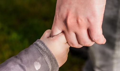 Фото №1 - Как живут дети с неизлечимыми заболеваниями в Петербурге, комздрав спрашивает у их родителей