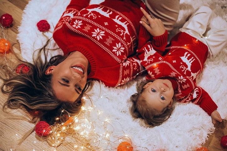 Фото №1 - Перминова на оленях, Дакота в слезах: как звезды отметили Новый год