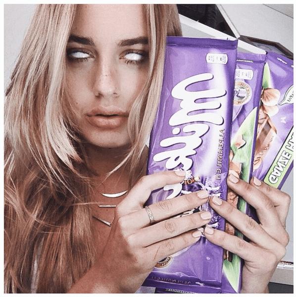 Фото №7 - Звездный Instagram: Леденцы, маффины и печеньки