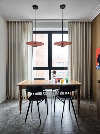 Фото №3 - «Манхэттенская» квартира с винтажной мебелью 136 м²