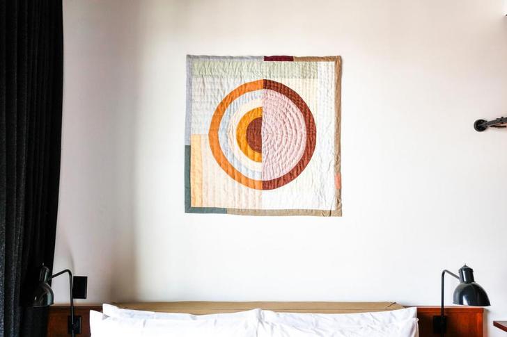 Фото №5 - Новый Ace Hotel в Бруклине с коллекцией текстильного искусства