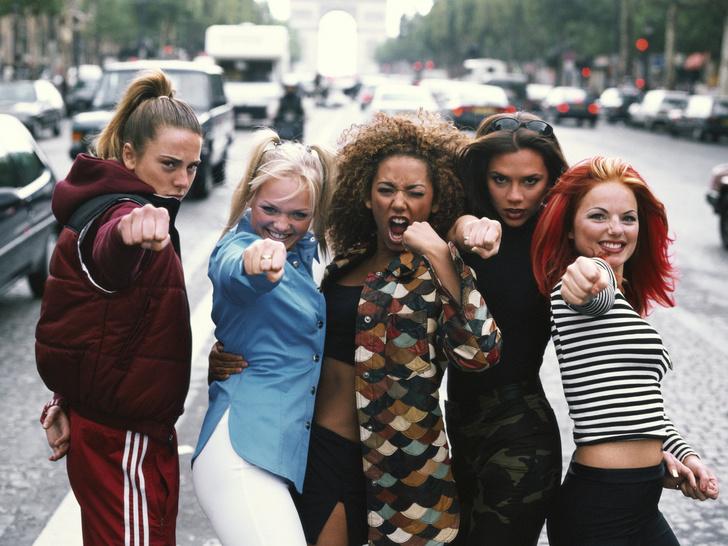 Фото №2 - Латекс, платформы и блестки: как Spice Girls навсегда изменили моду