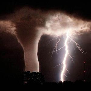 Фото №1 - Нашествие торнадо