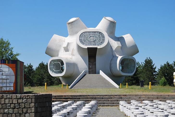Фото №5 - Памятники несбывшемуся будущему: 6 удивительных югославских монументов