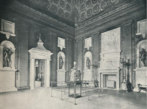 Фото №6 - Обнаженная Диана и позор Маргарет: неизвестные откровения персонала Кенсингтонского дворца