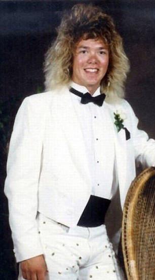 Фото №18 - Взрыв из прошлого: если в моду вернутся прически из 80-х…