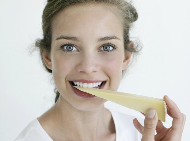 Фото №6 - 5 продуктов для идеальной чистоты зубов