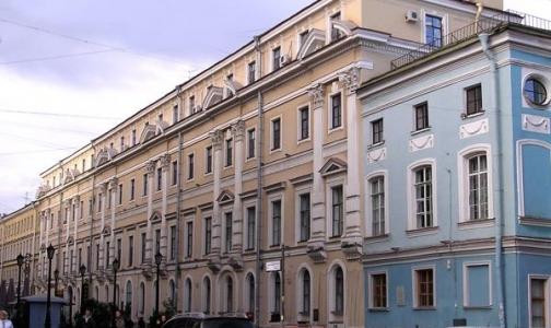 Фото №1 - В Петербурге угрозы о заминировании получили 28 больниц и комздрав