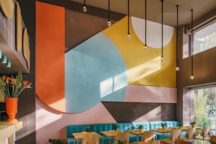 Фото №3 - Яркий ресторан в Афинах