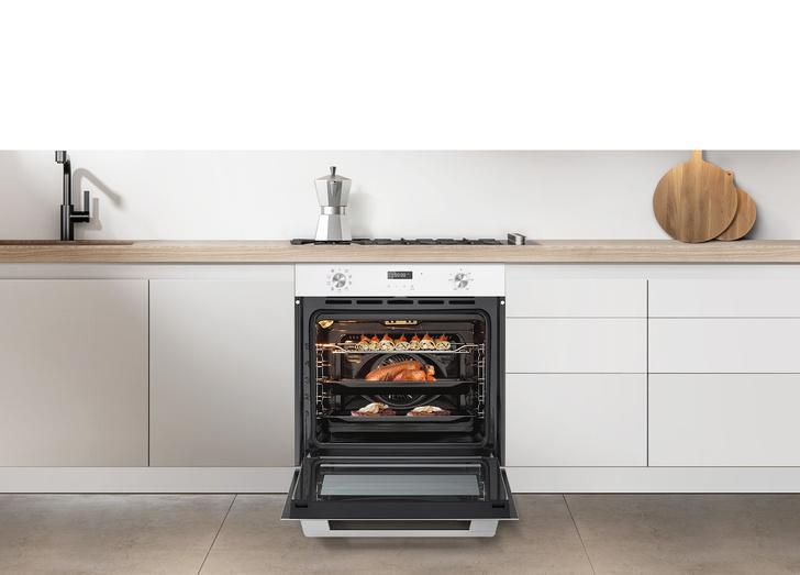 Фото №4 - Семейный очаг: на что обратить внимание при выборе техники для кухни