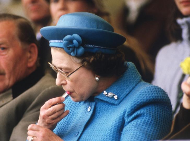 Фото №5 - Королева красоты: бьюти-правила Елизаветы II