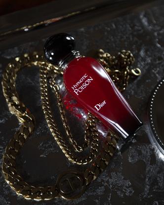 Фото №5 - Аромат дня: Hypnotic Poison EDT от Dior