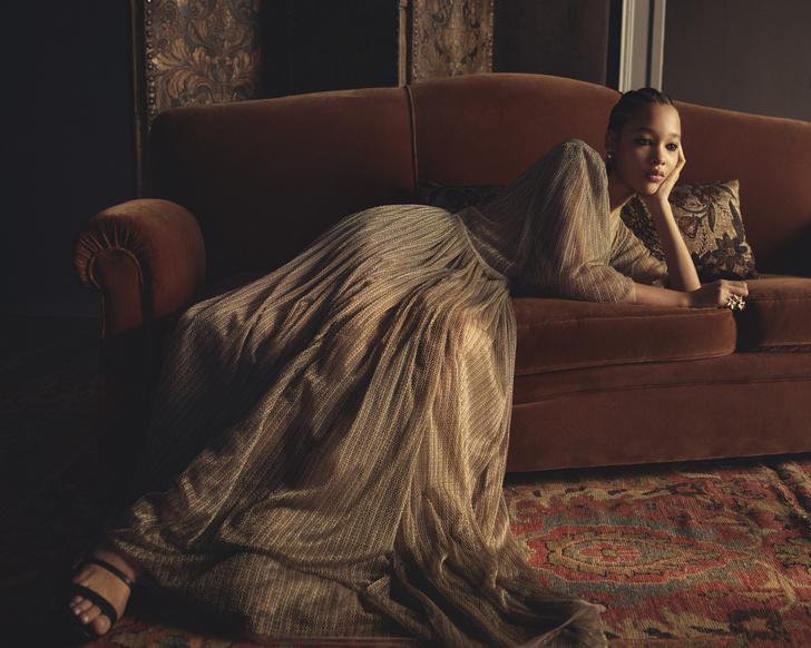 Фото №1 - От сумок до обуви: как выглядят самые модные вещи из «золотой» капсулы Dior