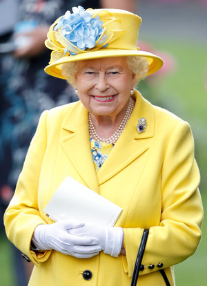Фото №6 - Самый загадочный камень: как королевские особы носят сапфиры