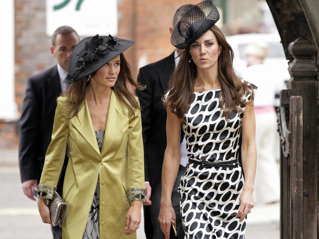 Фото №2 - Такие разные сестры: главное отличие Кейт и Пиппы Миддлтон (и почему последней было бы проще в БКС)