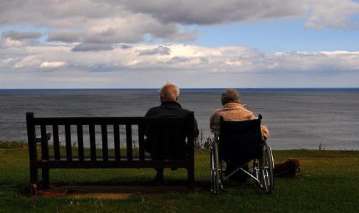 Фото №1 - Навестить бабушку по Скайпу. Как частные и некоммерческие пансионаты для пожилых справляются в новых условиях