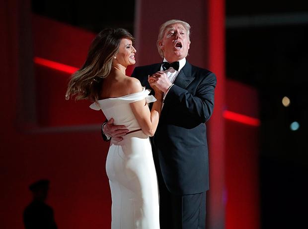 Фото №15 - Рождение fashion-звезды: Мелания Трамп на инаугурации