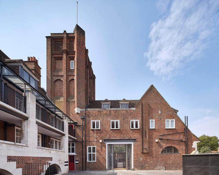 Фото №18 - Жилой дом в бывшей пожарной части в Лондоне