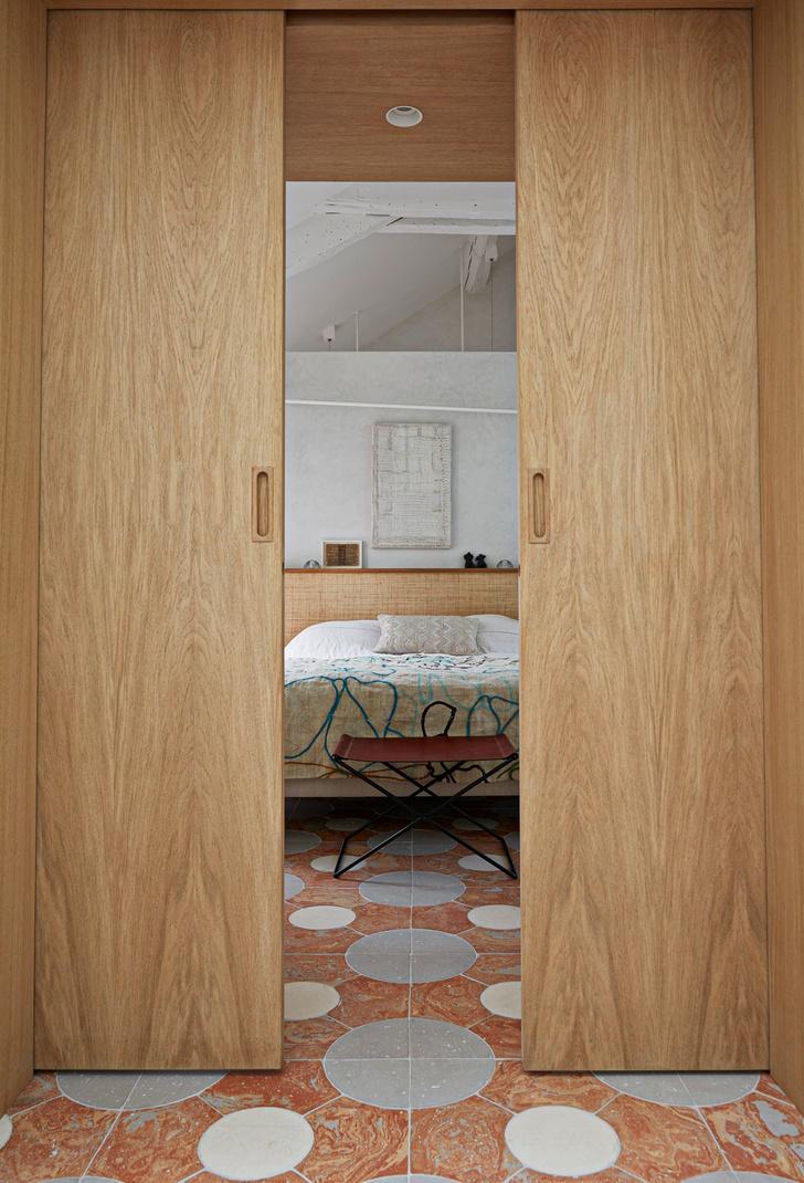 Фото №6 - Среда обитания: квартира галеристки Амели дю Шарлар в Париже