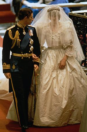 Фото №11 - Свадебное платье-катастрофа принцессы Дианы