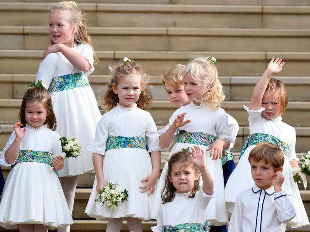 Фото №2 - Самые важные гости: маленькие Виндзоры на королевских свадьбах