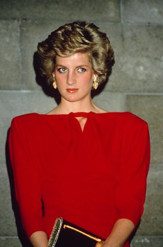 Фото №10 - Некрасивая Диана: как принцесса справлялась с комплексами по поводу внешности