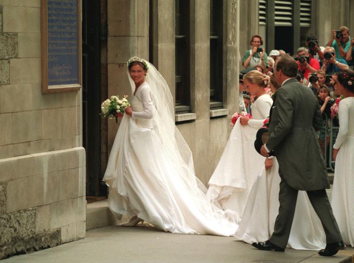 Фото №3 - «Эльфийская» свадьба: как выходила замуж единственная племянница Королевы