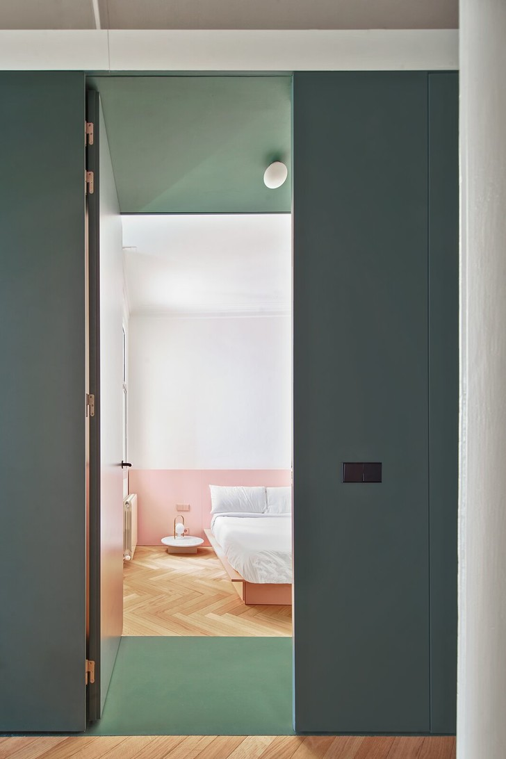 Фото №10 - Квартира с зеленой перегородкой в Барселоне