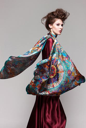 Фото №5 - Sirinbird: сказочные русские платки, популярные не только в России