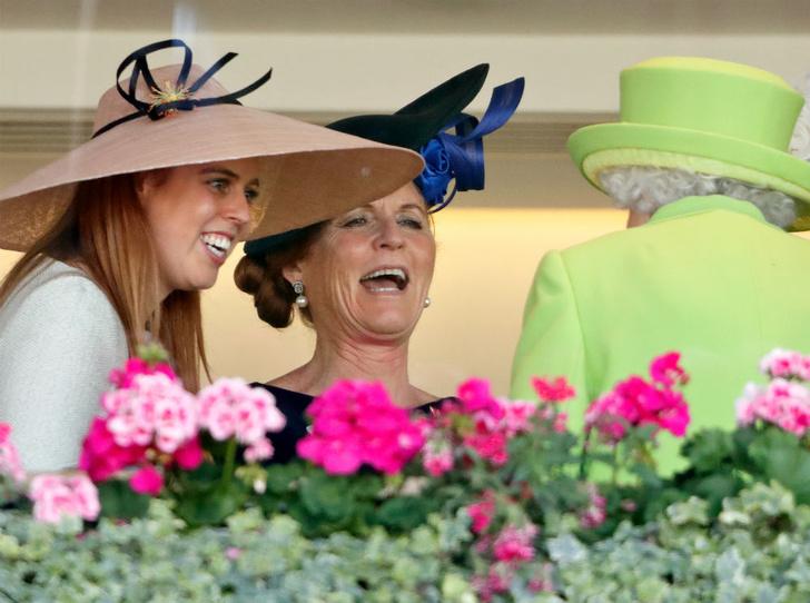 Фото №5 - Герцогиня Йоркская возвращается в королевскую семью