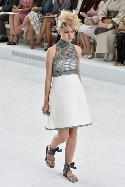 chanel haute couture fashion show runway