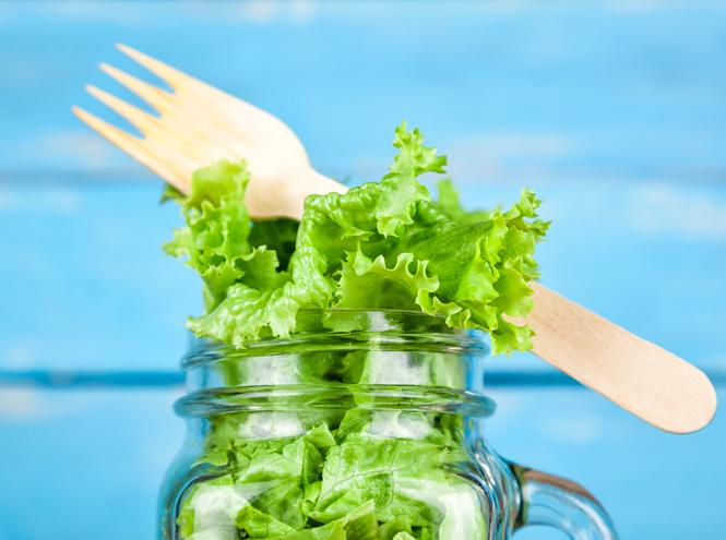 Фото №3 - 10 видов зеленого салата и 6 потрясающе простых рецептов с ним