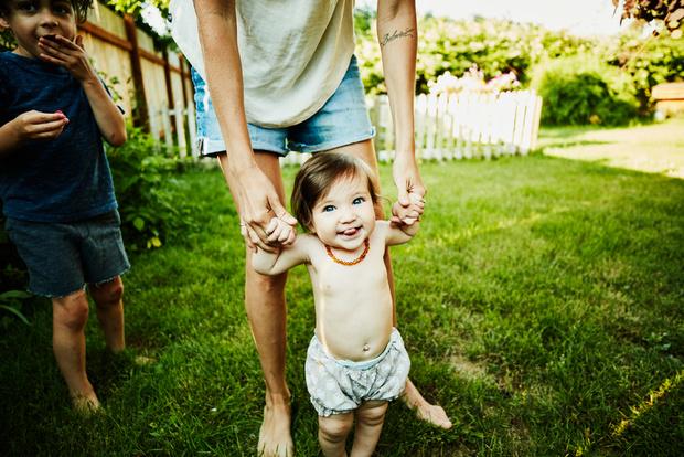 Уход за кожей младенца летом