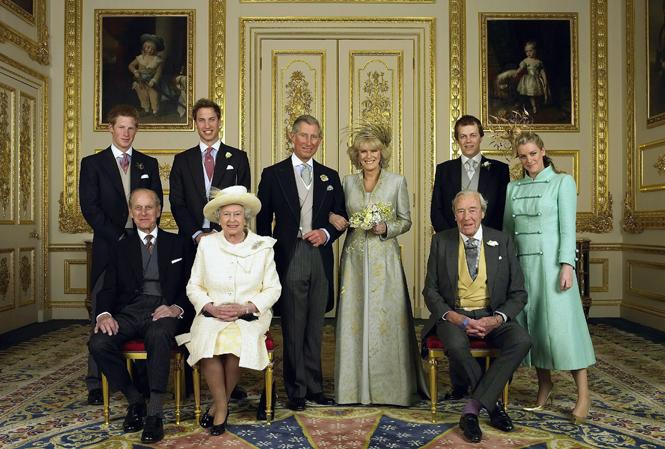 Фото №4 - Почему место отца Меган на свадебном снимке занял принц Уильям