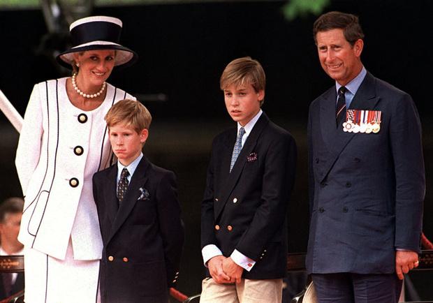 Фото №4 - Что сказала Диана принцу Чарльзу после развода