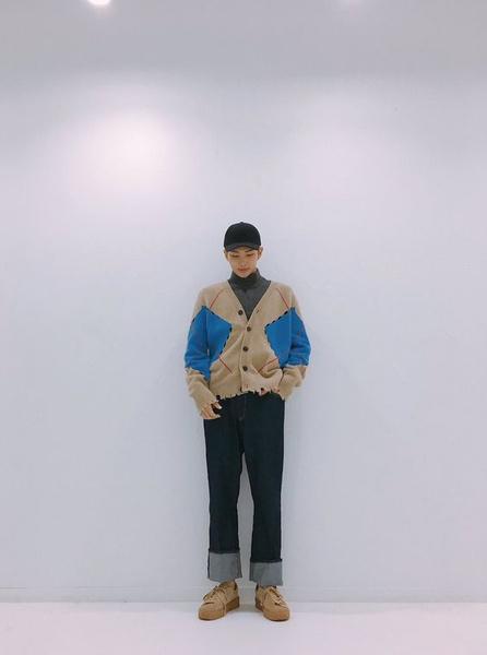 Фото №6 - 5 самых стильных осенних образов: показывает RM из BTS