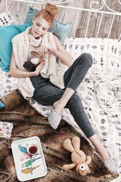 Фото №1 - Как выглядеть на все 100 в домашней одежде?