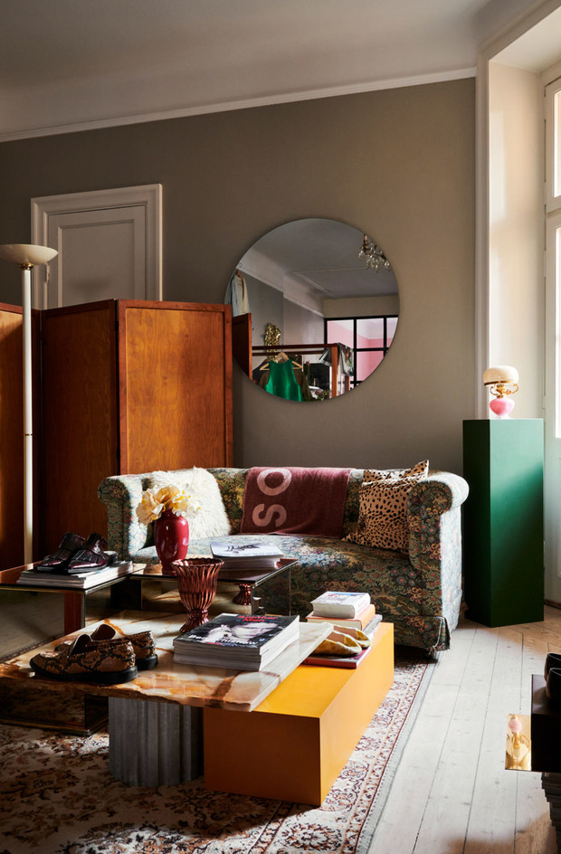 Фото №2 - Квартира с винтажной мебелью в Стокгольме