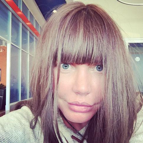 Фото №2 - Малиновская экспериментирует с париками