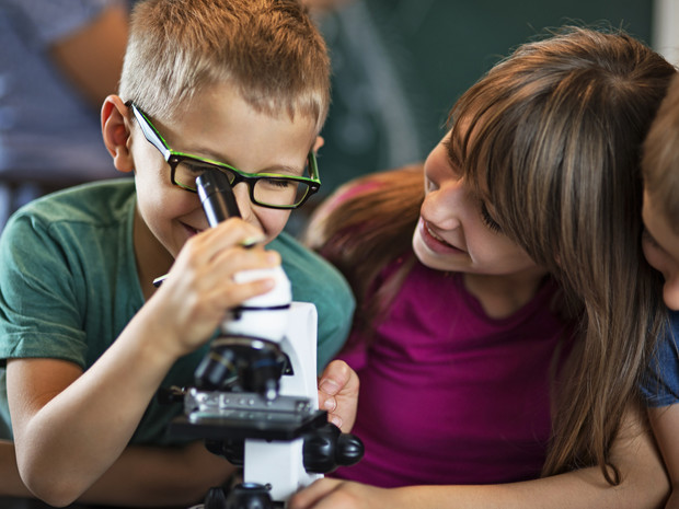 Фото №2 - Как помочь ребенку найти общий язык со сверстниками: советы педагога