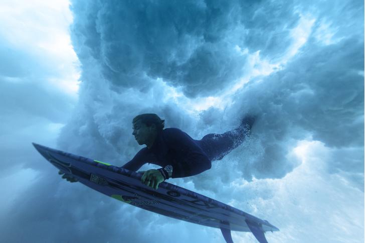 Фото №1 - Разговор на берегу: серфер Кай Ленни— об альтернативной карьере и смысле жизни